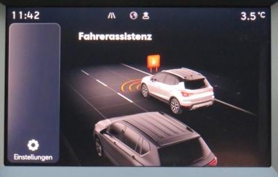 Seat Arona FR Automatik Voll LED Side Assist Winterpak Kamera 18Zoll Alu Parkpilot vorn und hinten