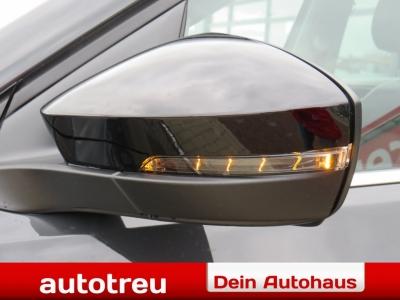 VW T-Cross Style 150 DSG Automatik Climatronic 2xParkpilot Voll LED Winterpak Dachreling
