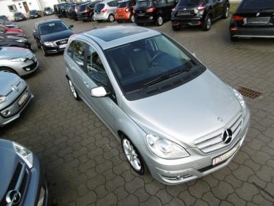 Mercedes-Benz B 150 Panoramadach Klima Sitzheizung PDC