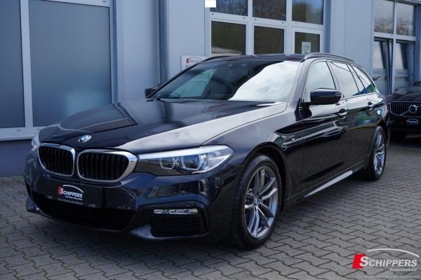 BMW 520 d Touring M-SPORTPAKET NAVI/LED/AHK/PANO/EU6